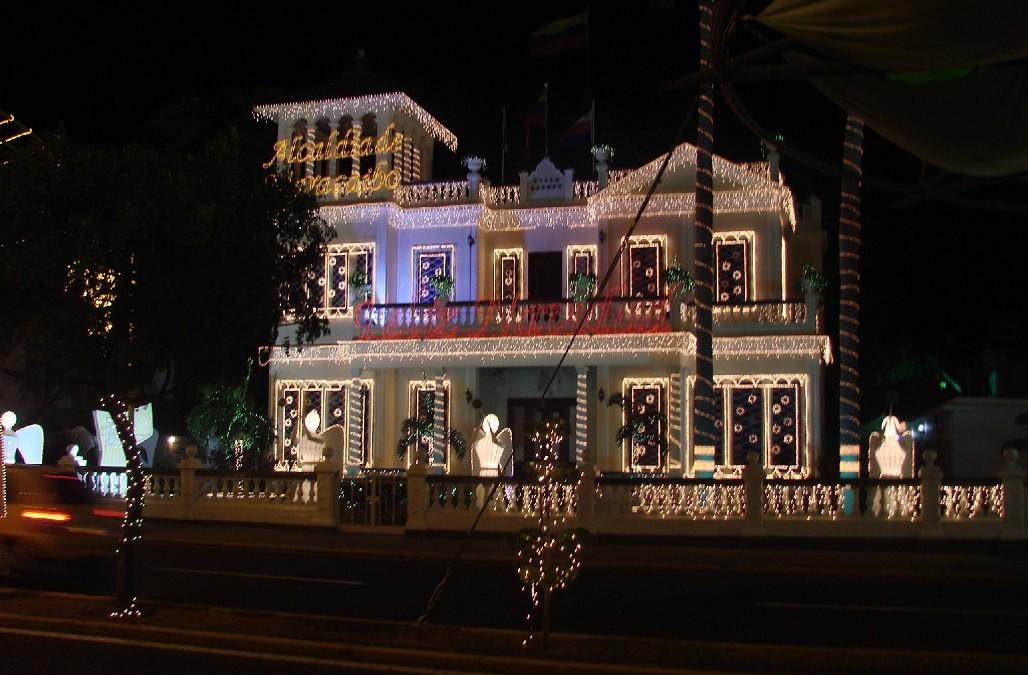 Maracaibo brilla para la Feria de la Chinita