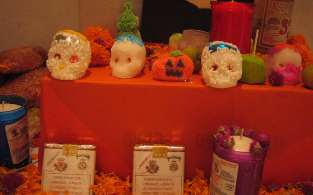 Los mexicanos celebran el Día de los Muertos con alegría