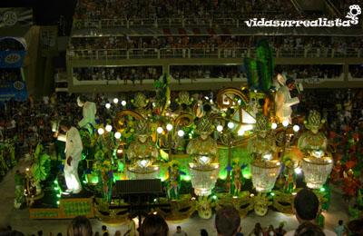 Alegría y baile en el Carnaval de Rio de Janeiro