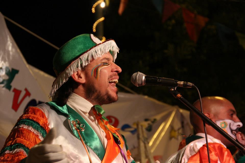Bombos de Carnaval en las calles porteñas