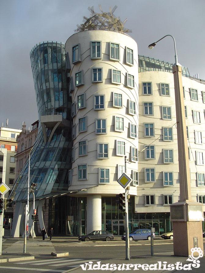El edificio más bailarín de Praga