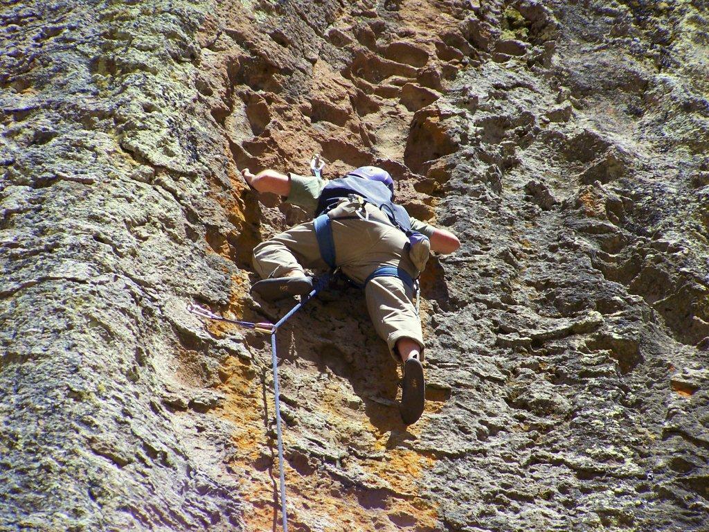 La escalada escondida detrás de Machu Pichu en la suiza peruana