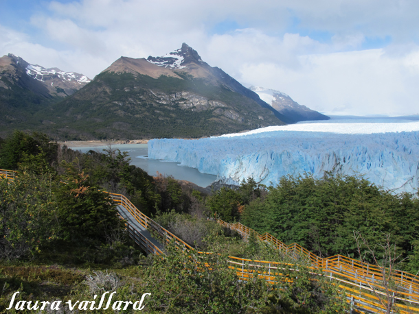 El glaciar Perito Moreno ruge a los turistas