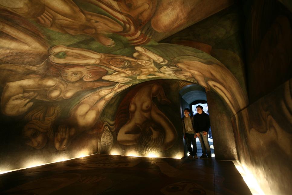 Vidasurrealista blog de viajes arte y cultura for El mural de siqueiros en argentina