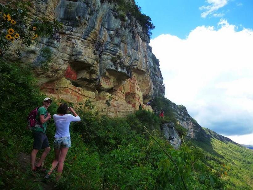 Quién hubiera dicho que la selva peruana tenía semejantes acantilados
