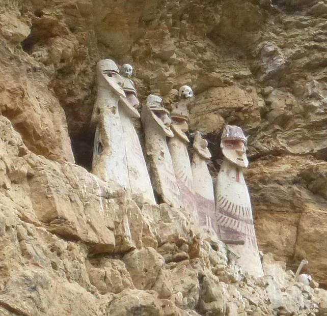 ¿Qué son los Sarcófagos de Karajía?