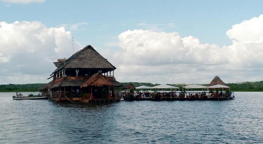 Iquitos, donde todo pasa en el río