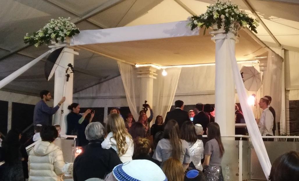 A romper preconceptos en un casamiento judío ortodoxo