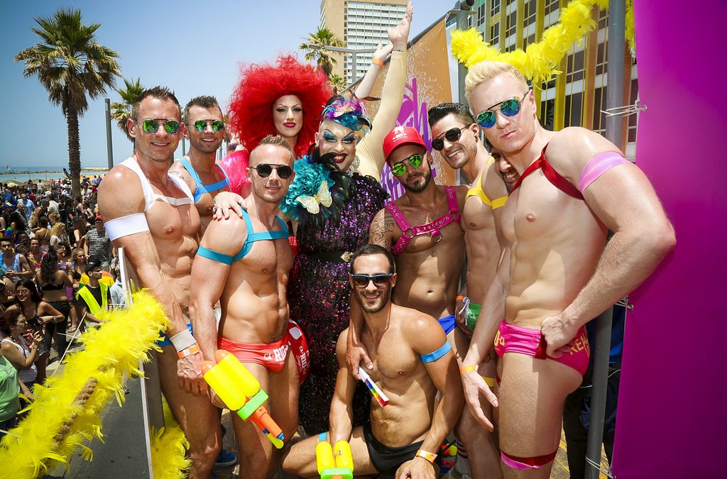 """Let it B"": El desfile del orgullo gay de Tel Aviv"