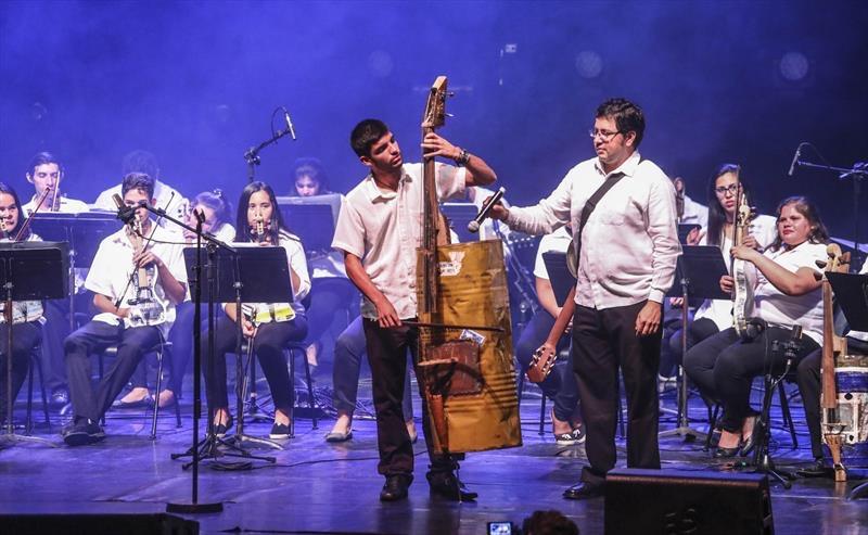 Imperdible recital de instrumentos reciclados